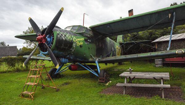Samolot An-2 jako eksponat w muzeum w Łotwie - Sputnik Polska