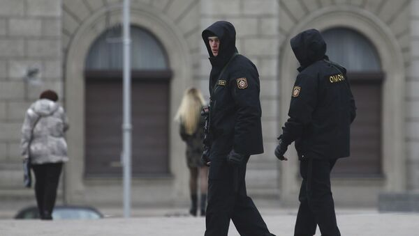 Pracownicy milicji w Mińsku - Sputnik Polska