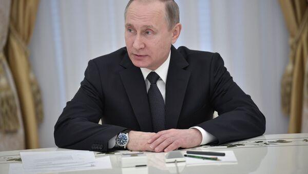 Prezydent Rosji Władimir Putin na spotkaniu z kierownictwem organów bezpieczeństwa krajów WNP - Sputnik Polska