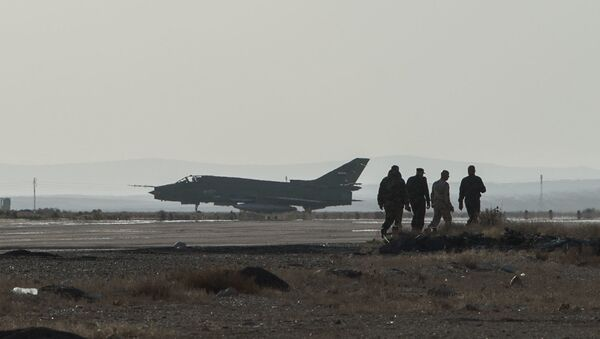 Samolot Su-22 syryjskich sił zbrojnych w bazie syryjskich sił powietrznych w prowincji Homs - Sputnik Polska