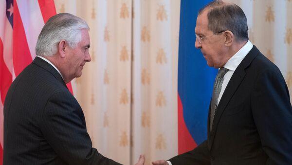 Minister spraw zagranicznych Rosji Siergiej Ławrow i sekretarz stanu USA Rex Tillerson podczas rozmów w Moskwie - Sputnik Polska