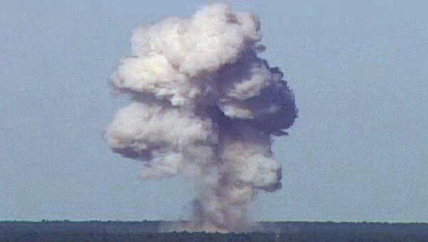 Testy najpotężniejszej bomby niejądrowej GBU-43/B - Sputnik Polska