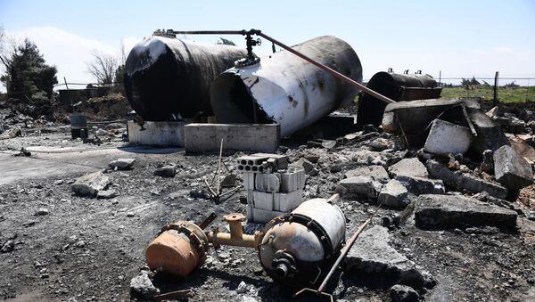 Syryjska baza lotnicza Sajrat po amerykańskim nalocie - Sputnik Polska