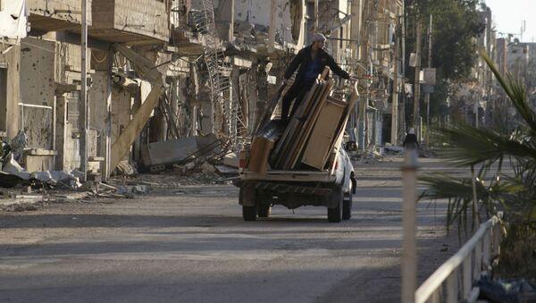 Ulica w syryjskim mieście Dajr az-Zaur - Sputnik Polska