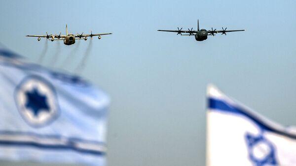 Izraelskie siły powietrzne, C-130 Hercules i Super Hercules C130J - Sputnik Polska