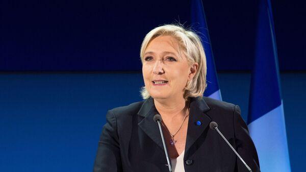 Liderka partii politycznej Francji Front Narodowy, kandydatka na prezydenta Francji Marine Le Pen podczas konferencji prasowej - Sputnik Polska