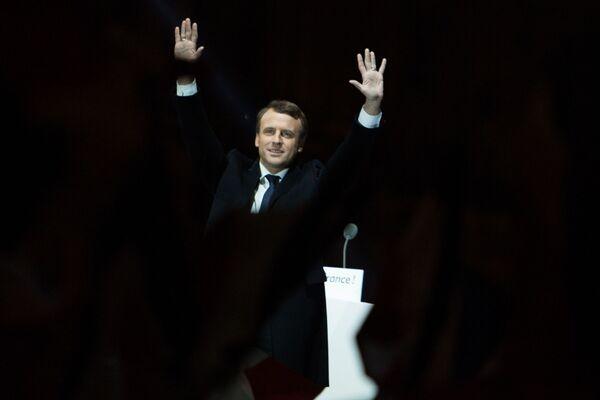 Twórca ruchu En Marche! Emmanuel Macron odniósł zwycięstwo w drugiej turze wyborów prezydenckich z wynikiem 66,1% — wskazują ostateczne dane MSW we Francji. - Sputnik Polska