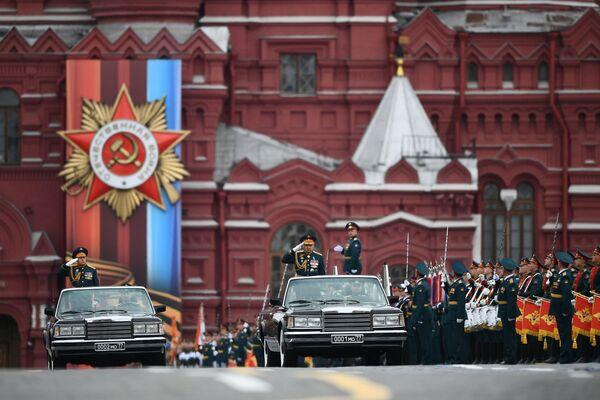 Defilada Wojskowa na Placu Czerwonym w Moskwie - Sputnik Polska