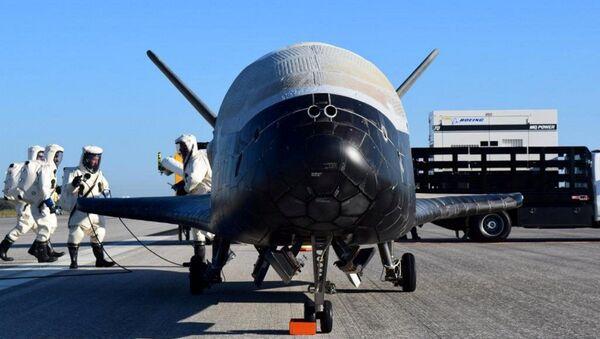 Amerykański orbitalny samolot X-37B - Sputnik Polska