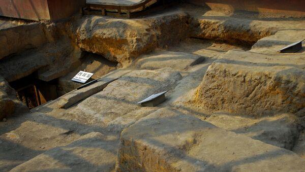 W Chinach odkryto drewniany grobowiec sprzed 1,8 tys. lat - Sputnik Polska