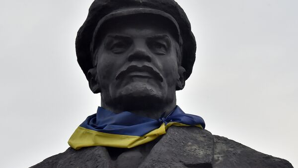 Ostatni z kijowskich pomników Lenina, na który do tej pory nikt nie zwracał uwagi, został zdemontowany - Sputnik Polska