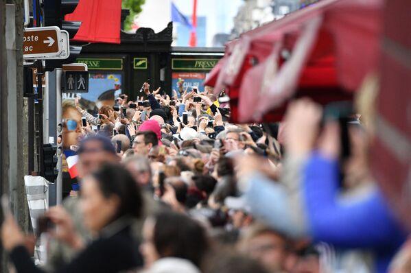 Parada po ceremonii zaprzysiężenia prezydenta elekta Francji Emmanuela Macrona w Paryżu. - Sputnik Polska