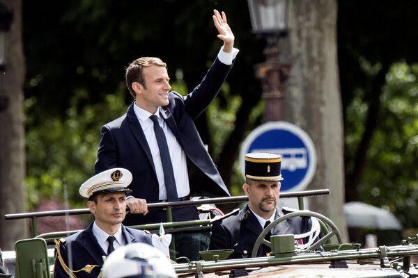 Prezydent Francji Emmanuel Macron po ceremonii zaprzysiężenia w Paryżu. - Sputnik Polska