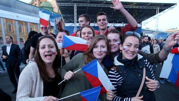 Kibice Czech podczas Mistrzostw świata w hokeju w Petersburgu - Sputnik Polska