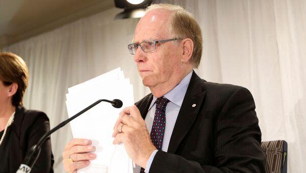 Szef niezależnej komisji WADA Richard McLaren po prezentacji w Toronto - Sputnik Polska