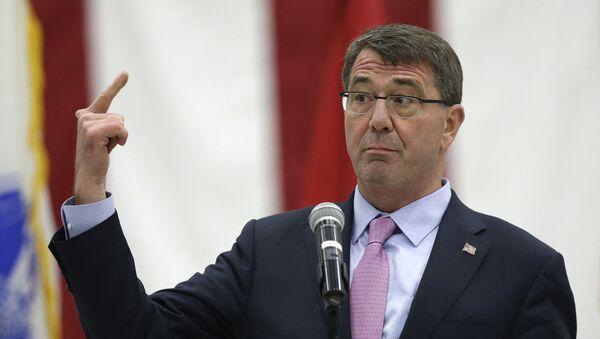 Sekretarz obrony USA Ashton Carter - Sputnik Polska
