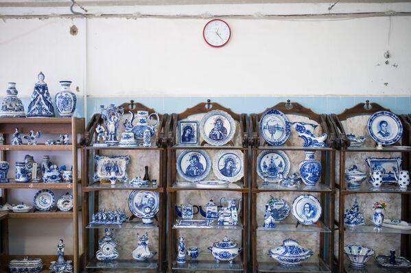 """Ceramiczne i porcelanowe wyroby w muzeum w Fabryce Porcelany """"Gżel"""". - Sputnik Polska"""