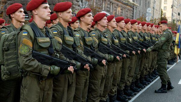 Żołnierze na próbie parady wojskowej do Dnia Niepodległości Ukrainy w Kijowie - Sputnik Polska