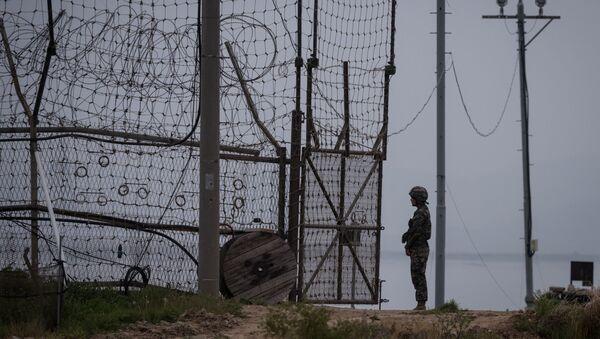 Linia demarkacyjna między Koreą Południową a Pólnocną - Sputnik Polska
