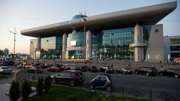 Widok na dworzec kolejowy w Kijowie - Sputnik Polska