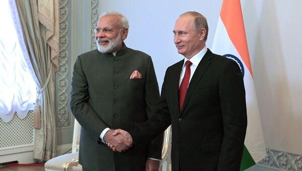 Premier Indii Narenda Modi i prezydent Rosji Władimir Putin - Sputnik Polska