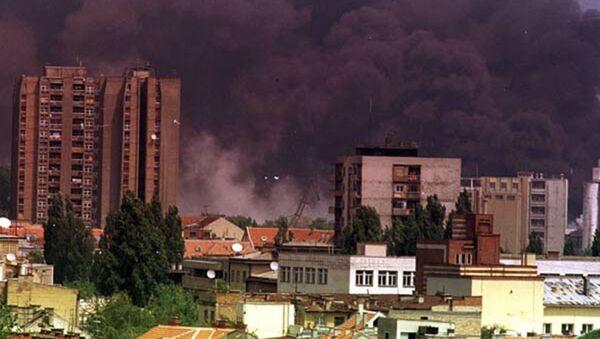 Miasto Nowy Sad w czasie bombardowań lotnictwa NATO - Sputnik Polska