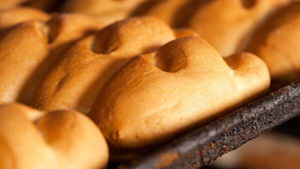 Chleb w piekarni - Sputnik Polska