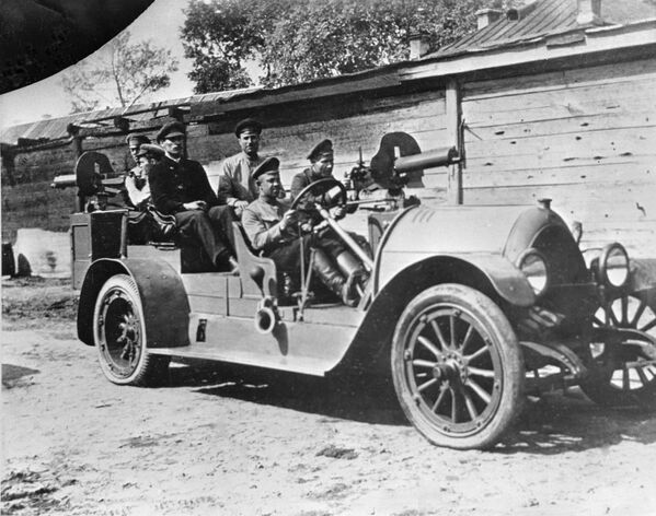 Lekkie auto stanowiło doskonałą jednostkę bojową, jeśli tylko było wyposażone w karabin maszynowy. - Sputnik Polska