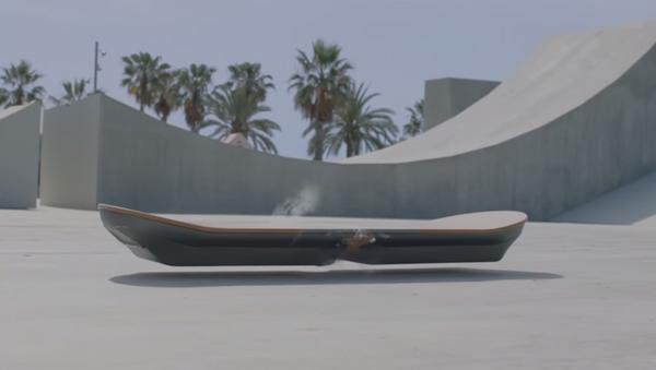 Lexus stworzył prawdziwy hoverboard - Sputnik Polska