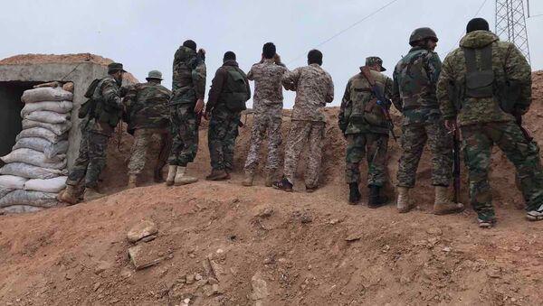 Żołnierze syryjskiej armii, prowincja Hama - Sputnik Polska