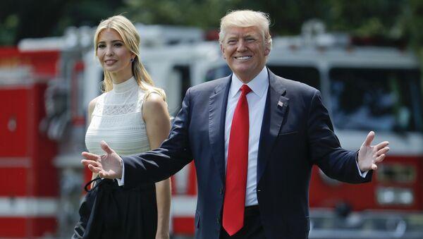 Prezydent USA Donald Trump z córką Ivanką - Sputnik Polska