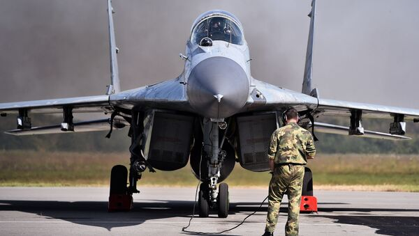 Myśliwiec MiG-29 serbskich Sił Powietrznych - Sputnik Polska