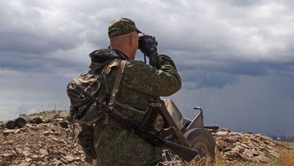 Przy linii styku w Donbasie - Sputnik Polska