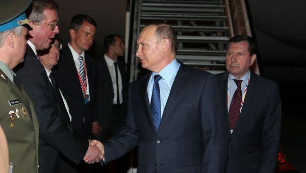 Prezydent Rosji Władimir Putin na lotnisku w Hamburgu - Sputnik Polska