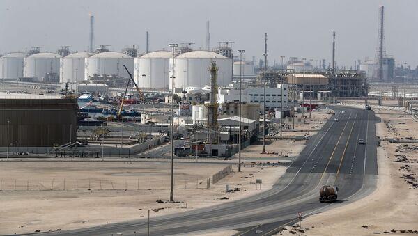 Przedsiębiorstwa produkcji LNG w Ras Laffan, Katar - Sputnik Polska