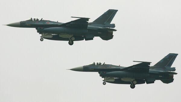 Myśliwce F-2 Japońskich Sił Samoobrony - Sputnik Polska