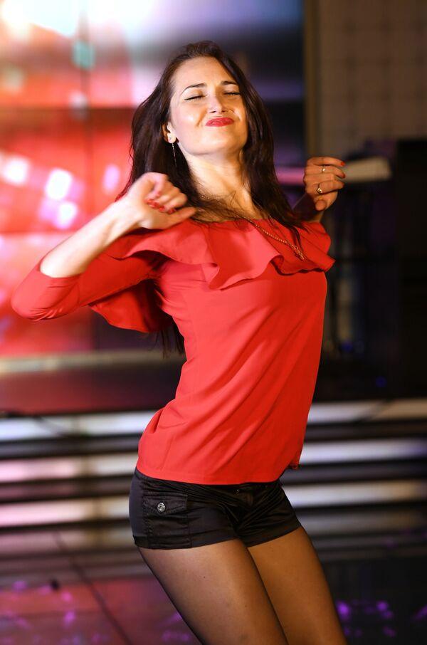 Występ uczestniczki talent show Miss Moskwy - Sputnik Polska