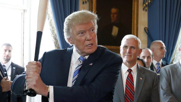 Prezydent USA Donald Trump w Białym Domu w Waszyngtonie - Sputnik Polska
