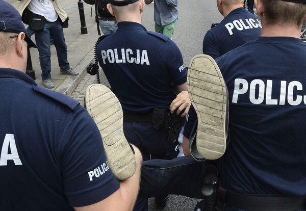 Protesty przeciwko reformie sądownictwa w Warszawie - Sputnik Polska