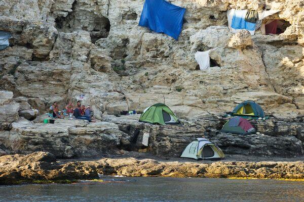 Nocować na terytorium parku można w obozach namiotowych. - Sputnik Polska