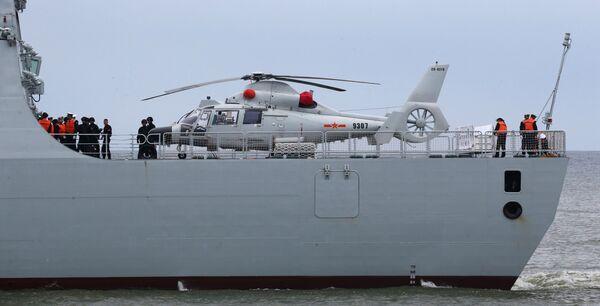Niszczyciel rakietowy Hefei z oddziałem bojowych okrętów chińskich sił morskich przybył do portu w Bałtyjsku - Sputnik Polska