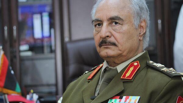 Dowódca libijskiej armii narodowej Chalifa Haftar - Sputnik Polska