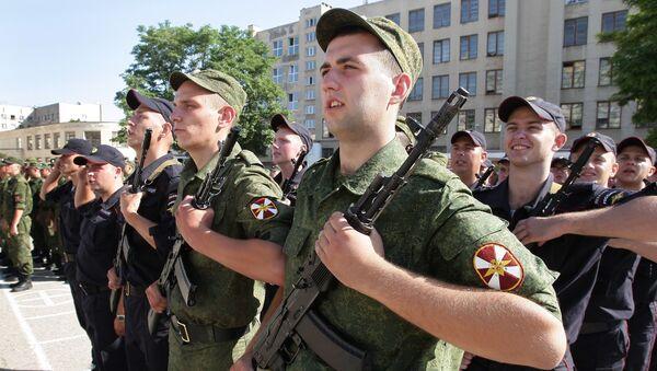 Rosyjskie Ministerstwo Obrony wpadło na pomysł, jak zainteresować mieszkańców wsi służbą w wojsku - Sputnik Polska