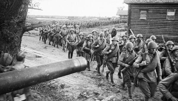Radzieccy żołnierze w Polsce, 1944 rok - Sputnik Polska