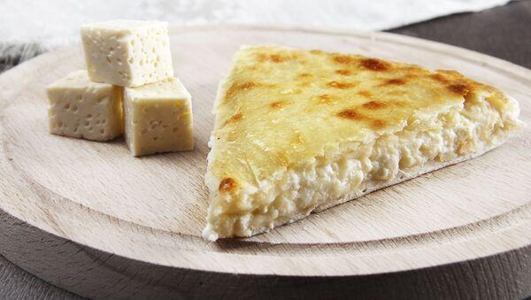 Osetyński pieróg z serem - Sputnik Polska
