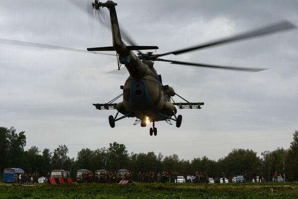 Helikopter Mi-8 podczas konkursu Najlepszy zwiadowca w ramach międzynarodowych gier wojskowa 2017 - Sputnik Polska