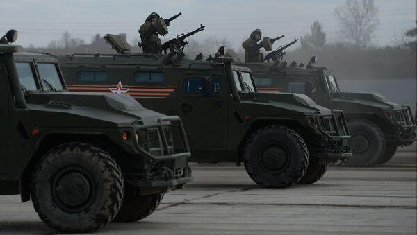 """Pojazdy pancerne """"Tigr"""" na poligonie w Alabino podczas wspólnego szkolenia - Sputnik Polska"""