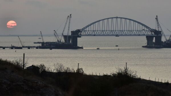 Łuk kolejowy budowanego mostu przez Cieśninę Kerczeńską - Sputnik Polska