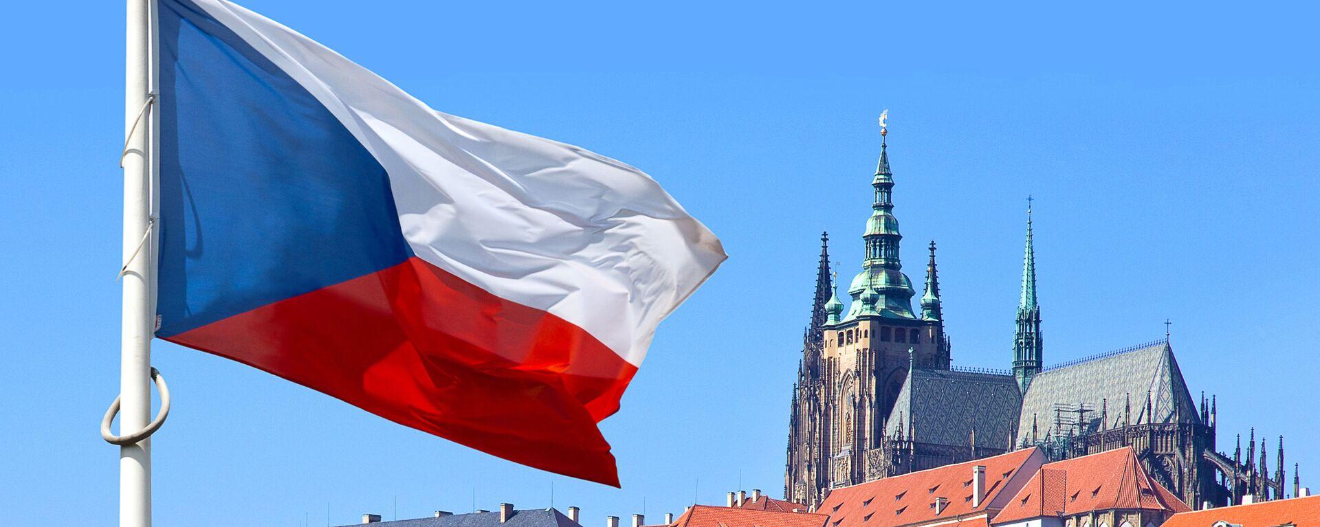 Czeska flaga w historycznym rejonie Pragi - Sputnik Polska, 1920, 19.04.2021