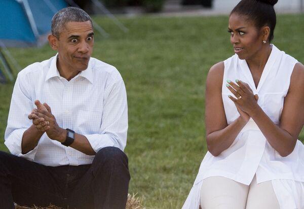 Barack Obama i Michelle Obama przed Białym Domem, Waszyngton - Sputnik Polska